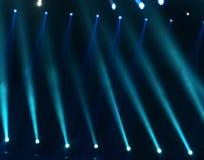 οι ακτίνες λέιζερ θέτουν το στάδιο στο επίκεντρο Στοκ Εικόνα