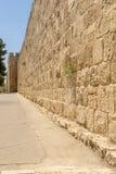 Οι αρχαίοι τοίχοι και οι πύργοι πόλεων στην παλαιά Ιερουσαλήμ Στοκ Εικόνα