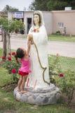 Οι αφές Mary παιδιών ο μυστικός αυξήθηκαν στοκ εικόνα με δικαίωμα ελεύθερης χρήσης