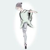 Οι γυναίκες μπαλέτου δείχνουν στα παπούτσια της σε ετοιμότητα πράσινο απεικόνισης υποβάθρου που σύρεται Στοκ Εικόνες