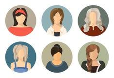 Οι γυναίκες περιβάλλουν το σύνολο εικονιδίων ειδώλων Ελεύθερη απεικόνιση δικαιώματος