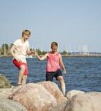 Οι γυναίκες συνδέουν Στοκ εικόνα με δικαίωμα ελεύθερης χρήσης