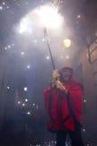 οι διάβολοι βάζουν φωτιά Στοκ Εικόνες