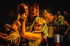 Οι διάβολοι χορεύουν ομάδα σχετικά με την απόδοση Correfoc Στοκ φωτογραφία με δικαίωμα ελεύθερης χρήσης