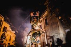 Οι διάβολοι χορεύουν ομάδα σχετικά με Correfoc Στοκ εικόνες με δικαίωμα ελεύθερης χρήσης