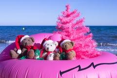 Οι διακοπές Χριστουγέννων έρχονται Καλές διακοπές σχέδιο καρτών Ασυνήθιστη έννοια σχεδίου Χριστουγέννων στοκ φωτογραφίες με δικαίωμα ελεύθερης χρήσης