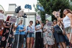 Οι διαμαρτυρόμενοι γυναικών συναθροίζουν σε kadikoy, Ιστανμπούλ, Τουρκία Στοκ Φωτογραφία