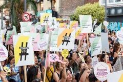 Οι διαμαρτυρόμενοι γυναικών συναθροίζουν σε kadikoy, Ιστανμπούλ, Τουρκία Στοκ φωτογραφία με δικαίωμα ελεύθερης χρήσης
