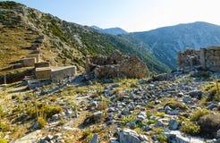 Οι διασημότεροι μύλοι ενσωμάτωσαν το 15ο αιώνα αυτός παρέμεινε στην Κρήτη είναι στο πέρασμα Seli Ambeli στο Lassithi Στοκ φωτογραφία με δικαίωμα ελεύθερης χρήσης