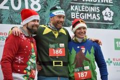 Οι δρομείς στα παραδοσιακά Χριστούγεννα Vilnius συναγωνίζονται στοκ φωτογραφία με δικαίωμα ελεύθερης χρήσης