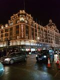 Οι δρόμοι με έντονη κίνηση του Λονδίνου στοκ εικόνες με δικαίωμα ελεύθερης χρήσης