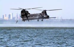 οι δυνάμεις πηδούν το ύδωρ ειδικής κατάρτισης στοκ φωτογραφία με δικαίωμα ελεύθερης χρήσης
