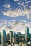 Οι εικονικές παραστάσεις πόλης του Τόκιο, εναέρια άποψη ουρανοξυστών πόλεων του γραφείου χτίζουν Στοκ φωτογραφία με δικαίωμα ελεύθερης χρήσης