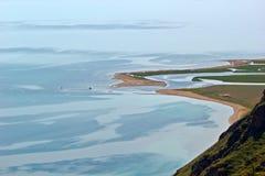 Οι εκβολές ποταμού, που τρέχουν Baikal Στοκ Εικόνα