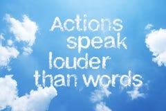 Οι ενέργειες μιλούν δυνατότερο από τις λέξεις Στοκ εικόνες με δικαίωμα ελεύθερης χρήσης
