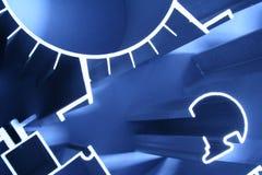 Οι εξωθήσεις αλουμινίου αφαιρούν βιομηχανικό Στοκ Εικόνες
