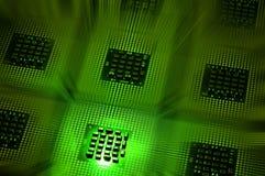 Οι επεξεργαστές υπολογιστών ευθυγράμμισαν με το πράσινο postproduction αποτελεσμάτων φωτισμού Στοκ Εικόνα