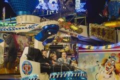 Οι επιβάτες της μαγικής έλξης δύναμης στο φεστιβάλ λαών στο ST το 2018 στοκ εικόνες με δικαίωμα ελεύθερης χρήσης
