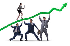 Οι επιχειρηματίες την οικονομική ανάπτυξη που απομονώνεται που υποστηρίζουν στο λευκό Στοκ Φωτογραφία