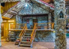Οι εργαζόμενοι εστιατορίων Niagara προετοίμασαν το εσωτερικό τους για τους επισκέπτες στοκ φωτογραφία με δικαίωμα ελεύθερης χρήσης