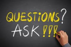 Οι ερωτήσεις και ρωτούν την έννοια FAQ στοκ εικόνες