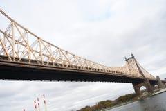 Οι ευμετάβλητες βασίλισσες γεφυρώνουν Στοκ Φωτογραφία