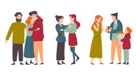 Οι ευτυχείς άνθρωποι που αγκαλιάζουν, συγχαίρουν ο ένας τον άλλον στις διακοπές Οικογένειες, φίλοι ελεύθερη απεικόνιση δικαιώματος