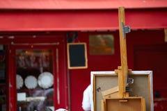 Οι ζωγράφοι Montmartre τοποθετούν τον καμβά du Tertre Στοκ φωτογραφία με δικαίωμα ελεύθερης χρήσης