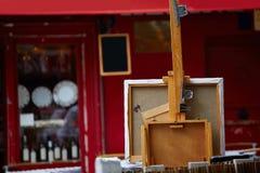 Οι ζωγράφοι Montmartre τοποθετούν τον καμβά du Tertre Στοκ Φωτογραφίες