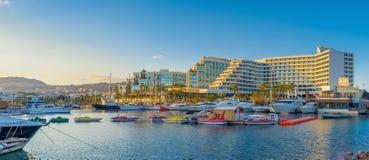 Οι ζωηρόχρωμες βάρκες Στοκ φωτογραφία με δικαίωμα ελεύθερης χρήσης