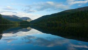 οι ημέρες altai διαρκούν το καλοκαίρι βουνών Όμορφο τοπίο ορεινών περιοχών Ρωσία Σιβηρία Timelapse απόθεμα βίντεο