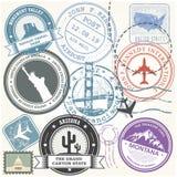Οι Ηνωμένες Πολιτείες ταξιδεύουν τα γραμματόσημα καθορισμένα - ορόσημα ΑΜΕΡΙΚΑΝΙΚΩΝ ταξιδιών διανυσματική απεικόνιση