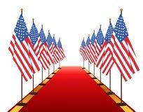 Οι ΗΠΑ σημαιοστολίζουν το πέρασμα στο κόκκινο χαλί Στοκ φωτογραφίες με δικαίωμα ελεύθερης χρήσης