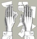 Οι θηλυκές παλάμες χεριών ενώνουν κάτω τα μέρη των σχισμένων κομματιών εγγράφου με το tex Στοκ Φωτογραφίες