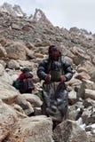 Οι θιβετιανοί προσκυνητές στο Λα Drolma περνούν, Θιβέτ Στοκ Φωτογραφία