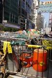Οι διαμαρτυρόμενοι δημοκρατίας Χονγκ Κονγκ παλεύουν μακριά κύριό τους exec στοκ εικόνα με δικαίωμα ελεύθερης χρήσης