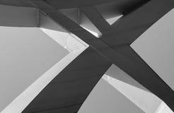 Οι ισχυρές ακτίνες χάλυβα ένωσαν στενά μαζί στις αιχμηρές γωνίες Στοκ Εικόνα