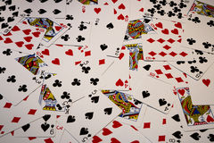 οι κάρτες ξεπλένουν το πόκερ παιχνιδιού βασιλικό Στοκ Εικόνες