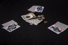 οι κάρτες ξεπλένουν το πόκερ παιχνιδιού βασιλικό στοκ εικόνα με δικαίωμα ελεύθερης χρήσης
