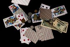 οι κάρτες ξεπλένουν το πόκερ παιχνιδιού βασιλικό Στοκ Εικόνα