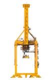 Οι κίτρινοι λιμενικοί γερανοί στο ναυπηγείο απομονώνουν στο άσπρο υπόβαθρο στοκ φωτογραφία