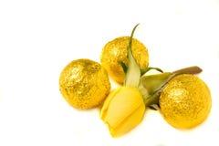 Οι καραμέλες και κίτρινος αυξήθηκαν Στοκ φωτογραφία με δικαίωμα ελεύθερης χρήσης