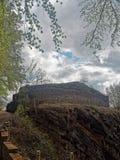 Οι καταστροφές ενός γερμανικού κάστρου κρατούν Στοκ Εικόνες