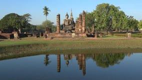 Οι καταστροφές του βουδιστικού ναού Wat Chana Songkram Sukhothai, Ταϊλάνδη απόθεμα βίντεο