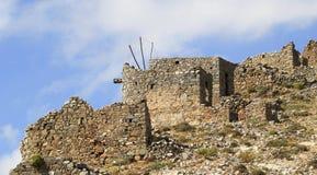 Οι καταστροφές των αρχαίων ενετικών ανεμόμυλων ενσωμάτωσαν το 15ο αιώνα, οροπέδιο Lassithi, Κρήτη, Ελλάδα Στοκ Φωτογραφία