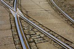οι κοιμώμεοί μετάλλων ακολουθούν το τραμ Στοκ Εικόνα