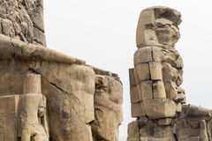 Οι κολοσσοί Memnon Luxor, Αίγυπτος Στοκ φωτογραφία με δικαίωμα ελεύθερης χρήσης
