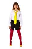 οι κόκκινες γυναικείες κάλτσες κοριτσιών δένουν τις κίτρινες νεολαίες Στοκ φωτογραφία με δικαίωμα ελεύθερης χρήσης