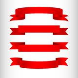 Οι κόκκινες κορδέλλες σε ένα ελαφρύ υπόβαθρο απομόνωσαν το στοιχείο του σχεδίου του συνόλου αφισών Α εμβλημάτων διαφήμισης κορδελ απεικόνιση αποθεμάτων