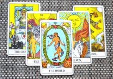 Οι κύκλοι τελικών φάσεων Succes ταξιδιού καρτών παγκόσμιου Tarot στοκ εικόνες με δικαίωμα ελεύθερης χρήσης